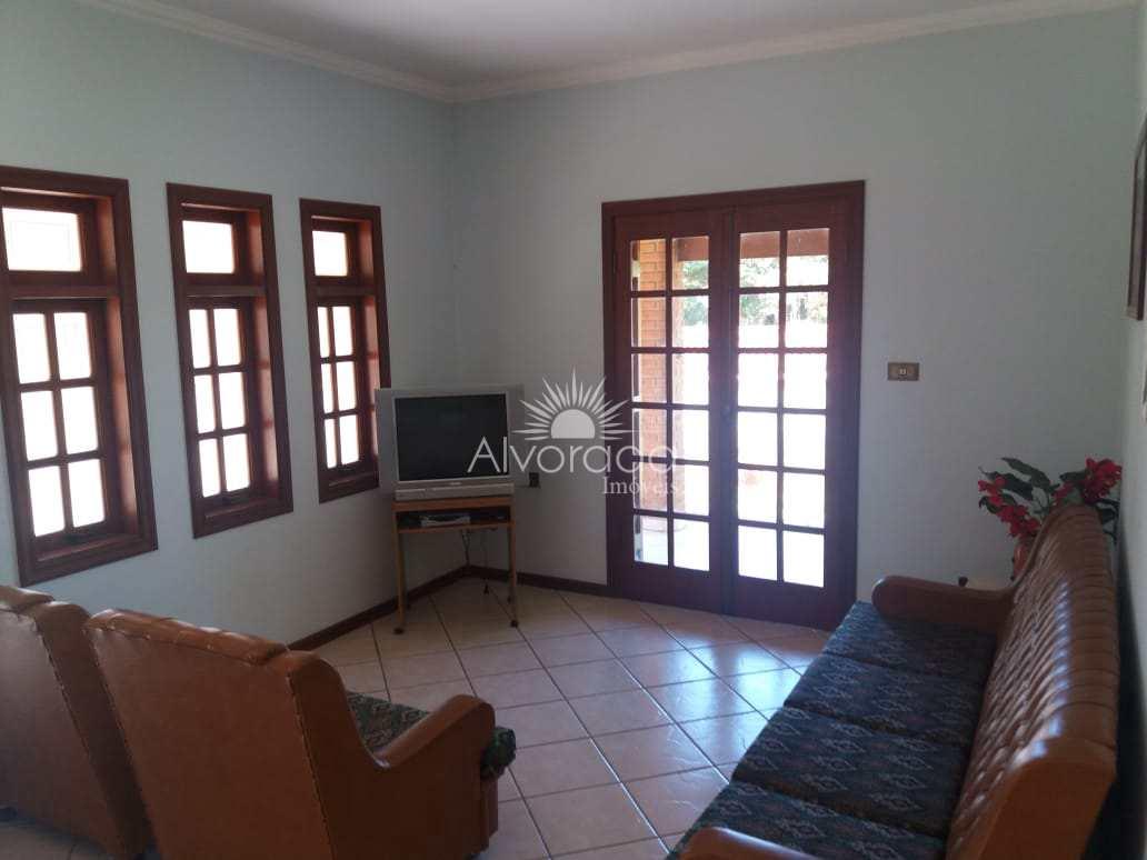 Chácara com 3 dorms, Jardim Leonor, Itatiba - R$ 700 mil, Cod: CH008