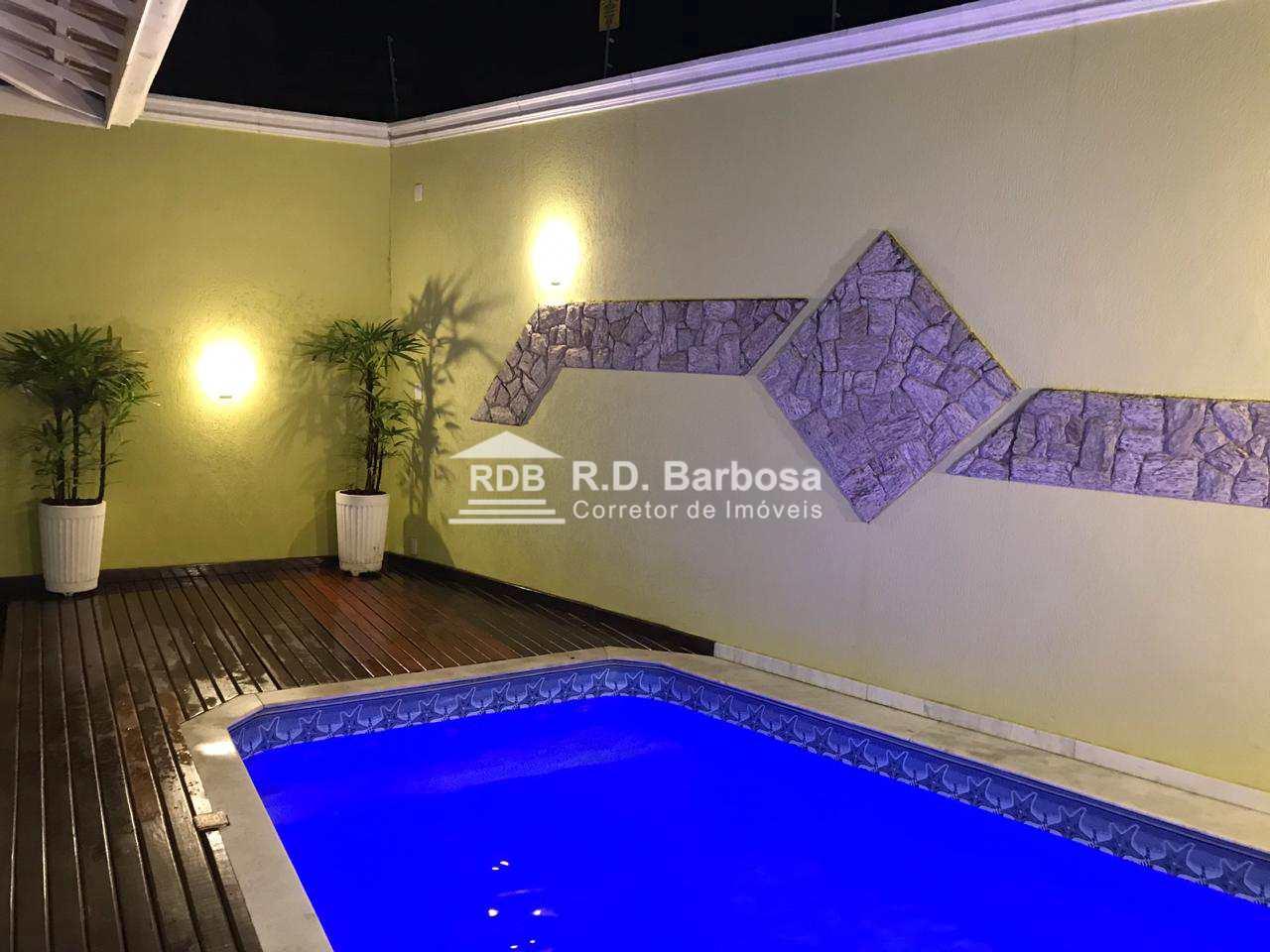 Casa com 3 dorms, Caiçara, Praia Grande - R$ 690 mil, Cod: 71