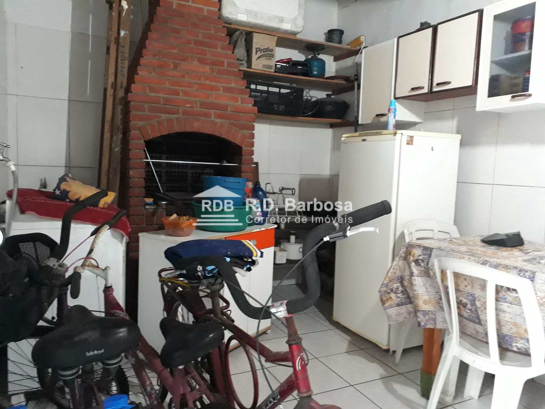 Casa com 2 dorms, Caiçara, Praia Grande - R$ 240 mil, Cod: 101