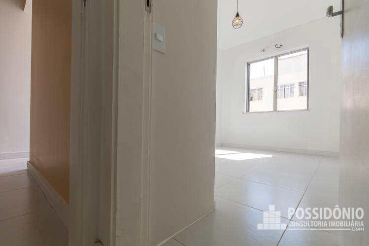 Apartamento com 2 dorms, Leme, Rio de Janeiro - R$ 899 mil, Cod: 8