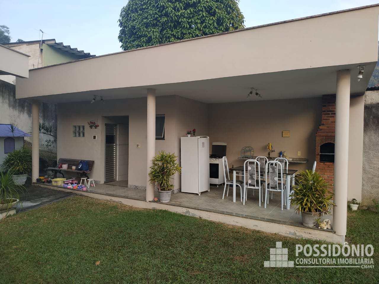 Casa com 3 dorms, Jardim Primavera, Duque de Caxias - R$ 1.2 mi, Cod: 208