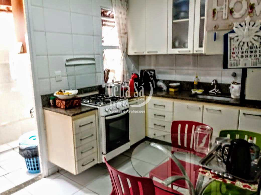 Casa com 3 dorms, Jardim Camburi, Vitória - R$ 650 mil, Cod: 71