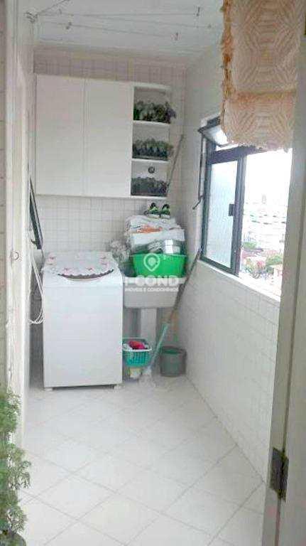 Apartamento à venda, 2 vagas, Boqueirão, Santos.