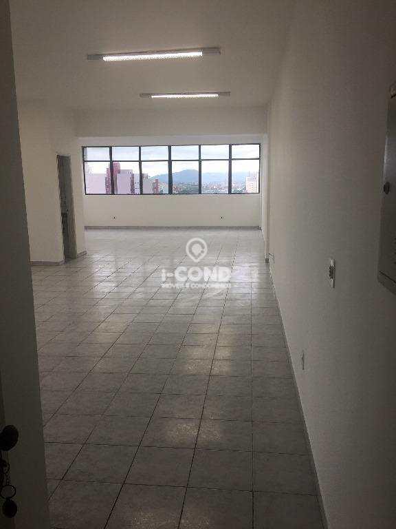 Conjunto comercial para locação  em Santos.