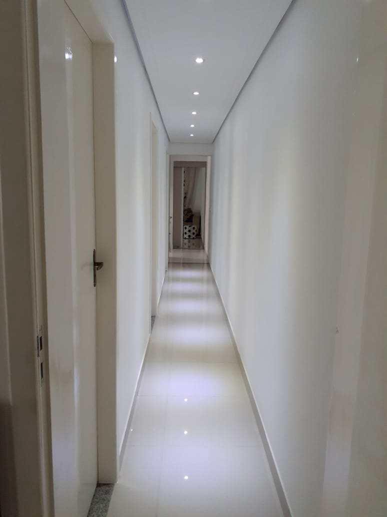 Casa com 3 dorms, Vila Maria de Maggi, Suzano - R$ 450 mil, Cod: CS0039