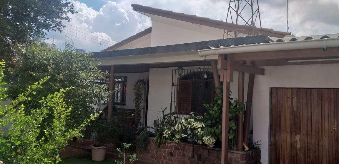 Casa com 2 dorms, Centro, Suzano - R$ 800 mil, Cod: ca0047
