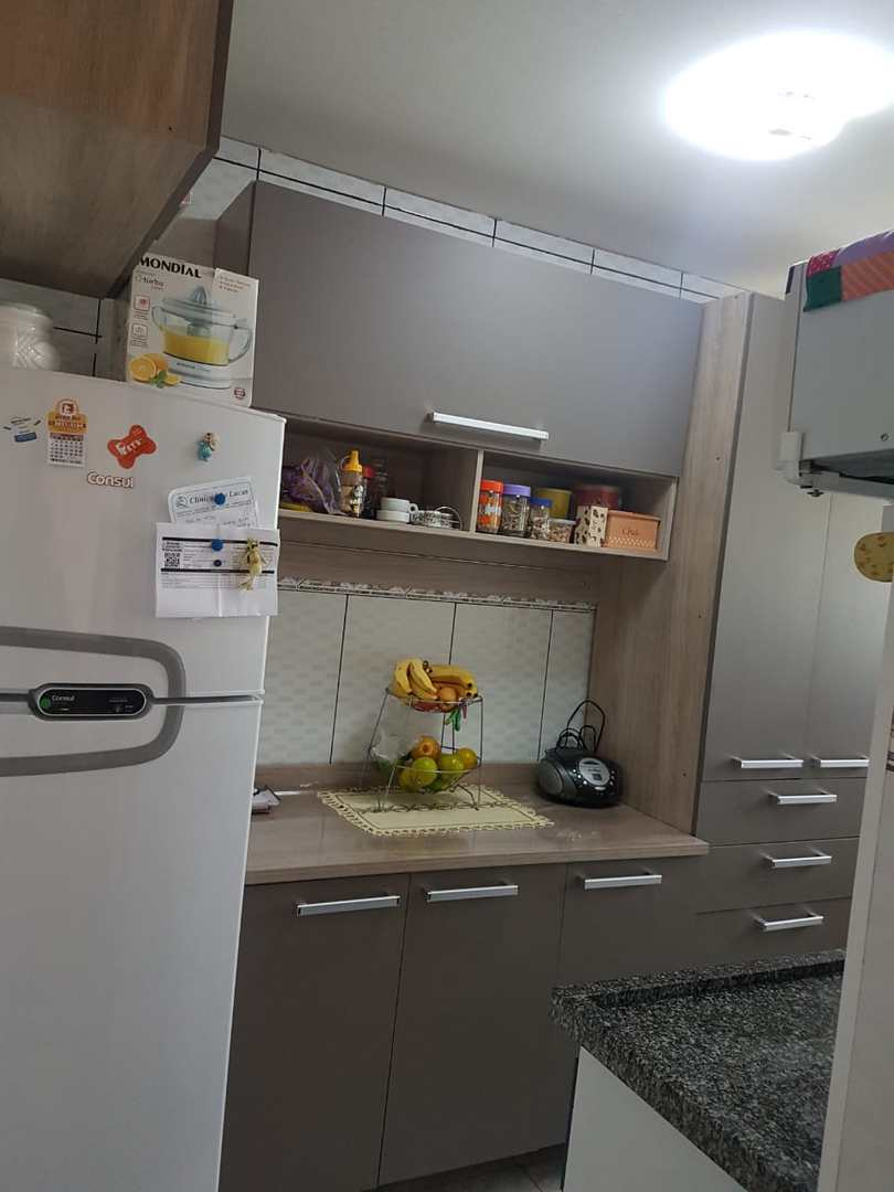 Apartamento com 2 dorms, Jardim América, Poá, Cod: AP0038