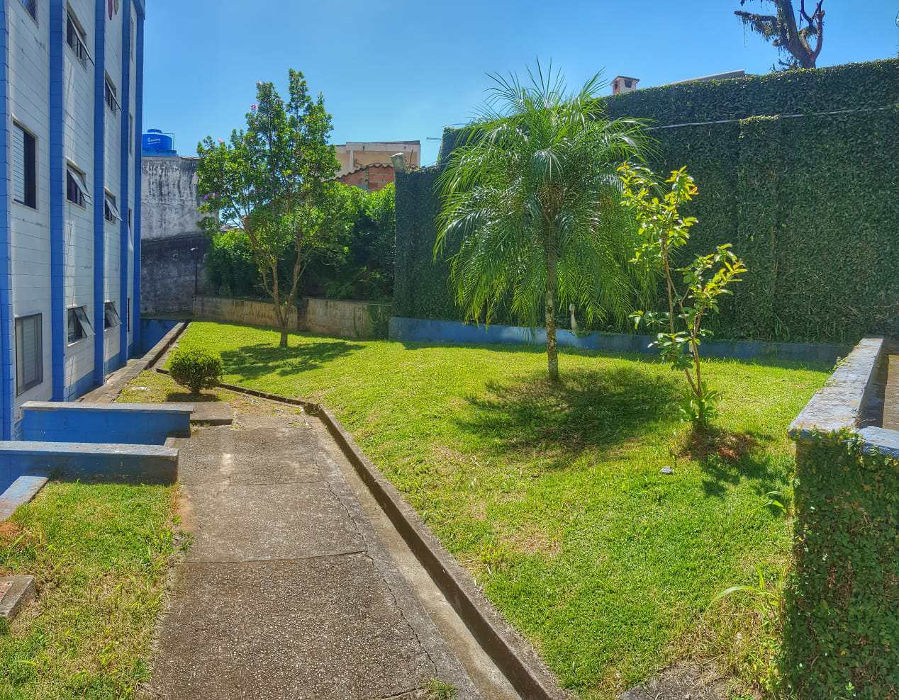 Apartamento com 2 dorms, Vila Santa Maria, Poá - R$ 250 mil, Cod: AP0053