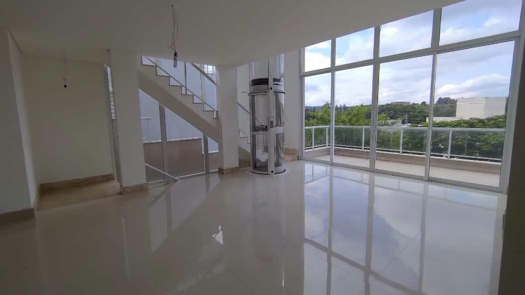 Sobrado de Condomínio, Alphaville, Santana de Parnaíba - R$ 2.89 mi, Cod: SB0062