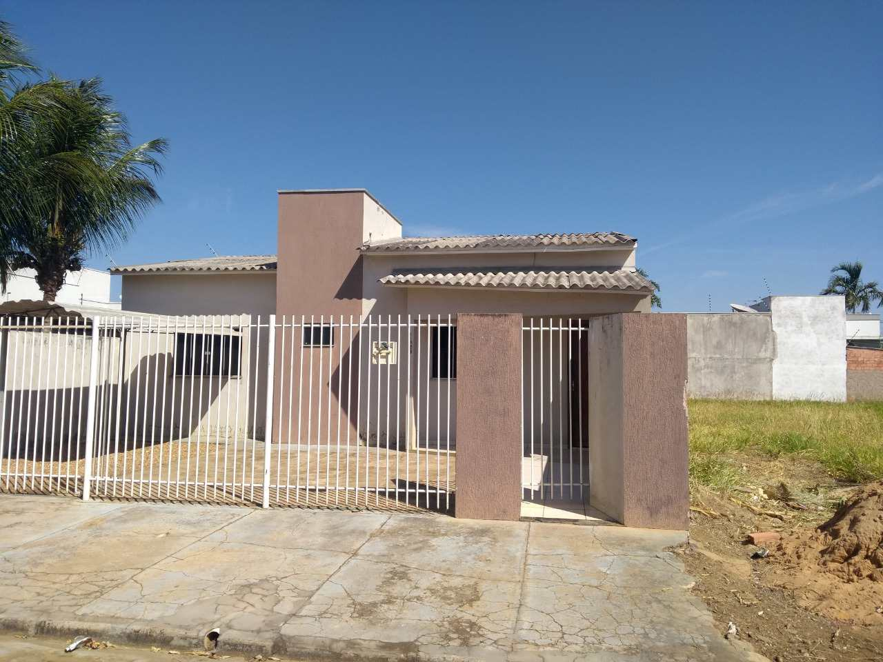 Casa com 2 dorms, Centro, Primavera do Leste - R$ 280 mil, Cod: 19