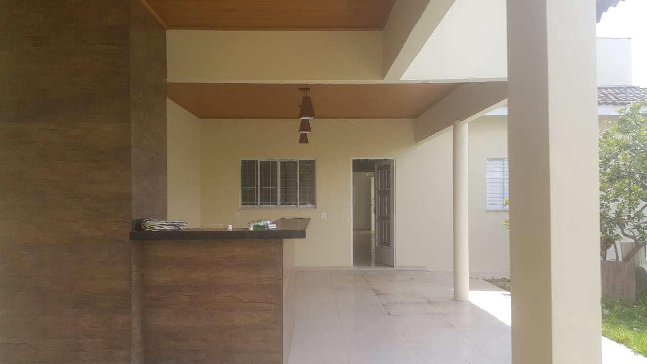 Casa com 3 dorms, Poncho Verde, Primavera do Leste - R$ 570 mil, Cod: 85