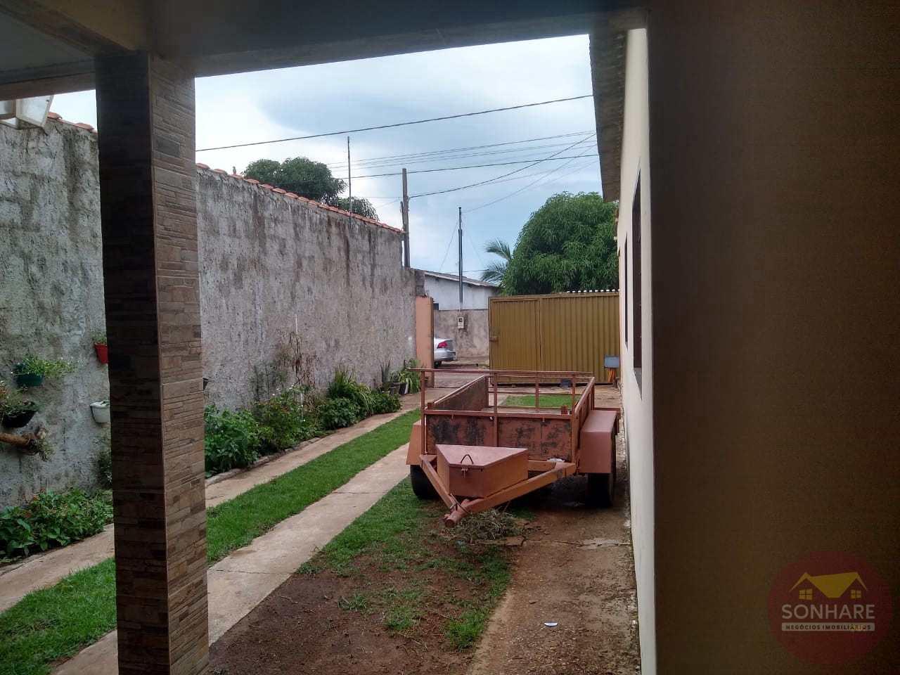 Casa com 2 dorms, Centro, Primavera do Leste - R$ 280 mil, Cod: 121