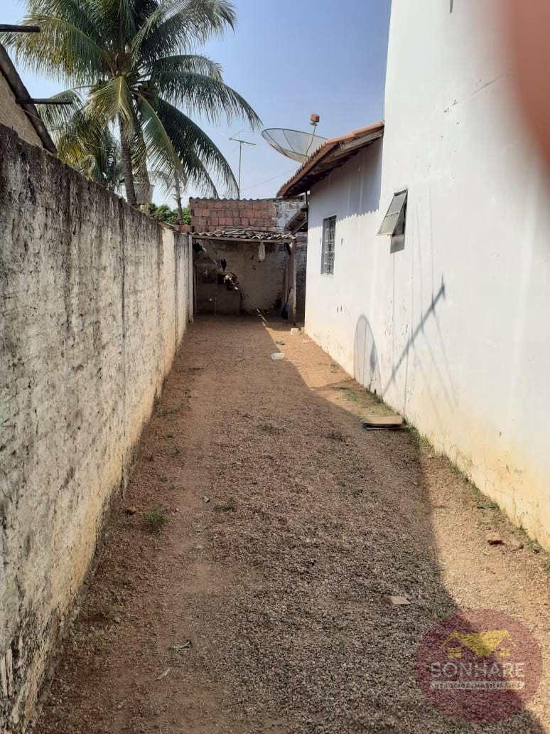 Casa com 2 dorms, Centro, Primavera do Leste - R$ 150 mil, Cod: 147