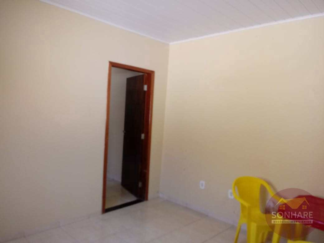 Casa com 3 dorms, Centro, Primavera do Leste - R$ 450 mil, Cod: 165