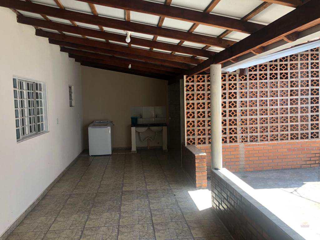 Sobrado com 4 dorms, Cidade Alta, Cuiabá - R$ 360 mil, Cod: 226