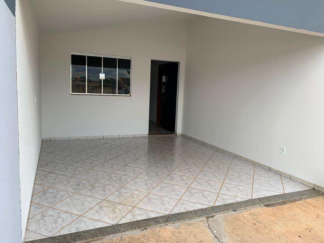 Casa com 3 dorms, Cristo Rei, Primavera do Leste - R$ 250 mil, Cod: 318