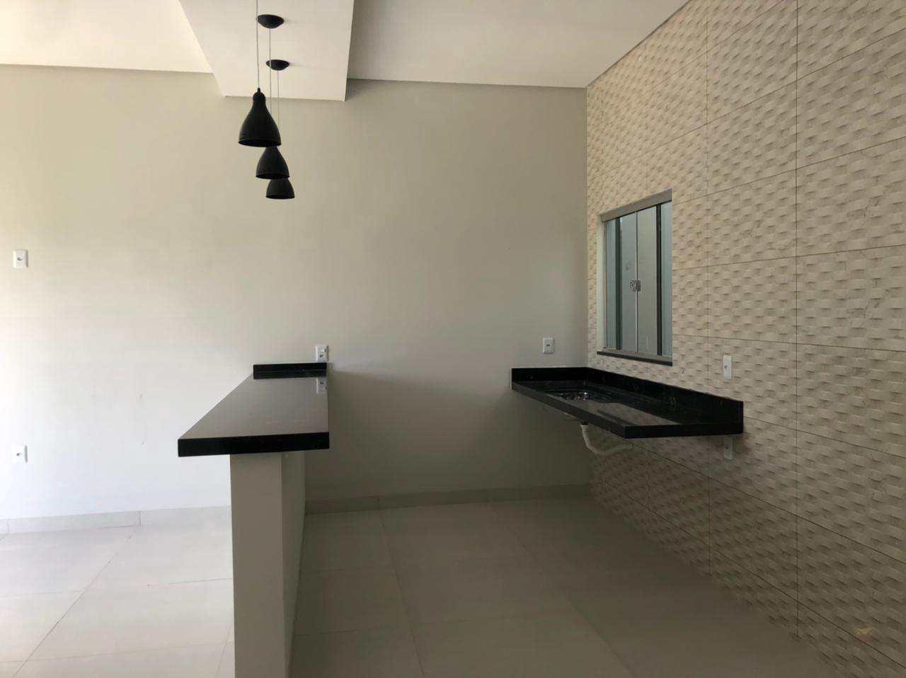 Casa com 2 dorms, BURITIS IV, Primavera do Leste - R$ 160 mil, Cod: 366