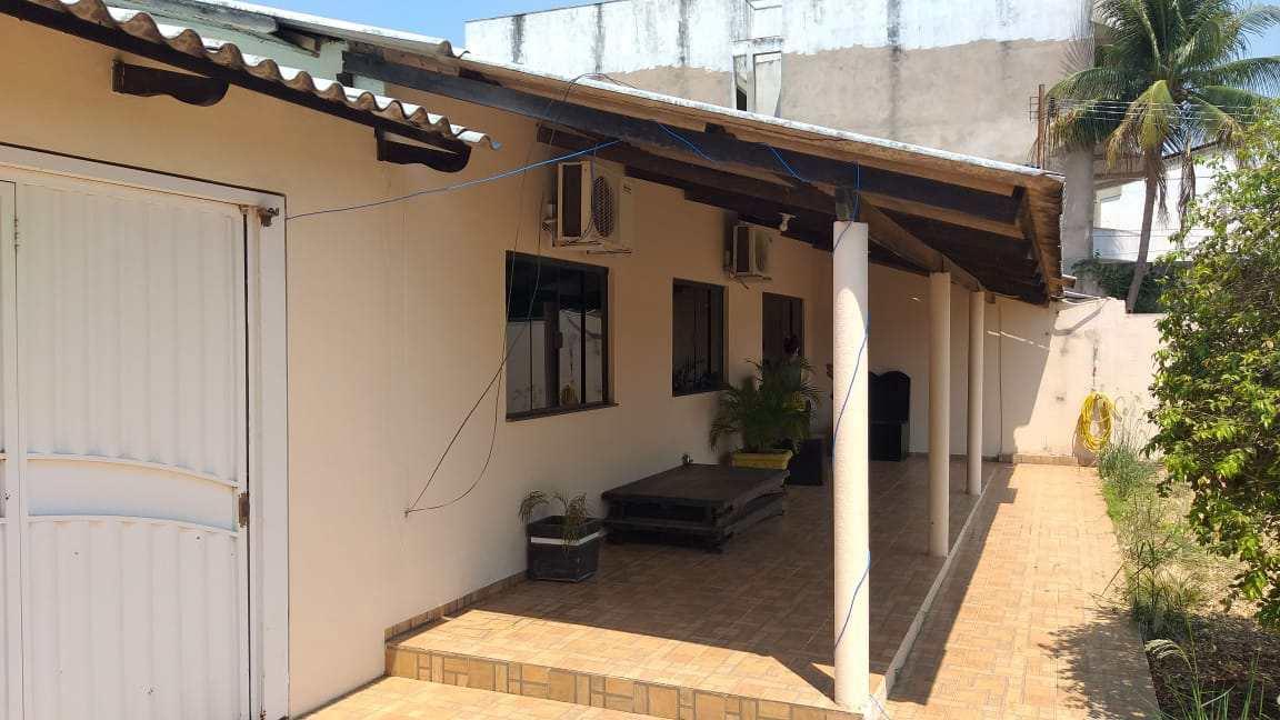 Casa com 3 dorms, CENTRO LESTE, Primavera do Leste - R$ 600 mil, Cod: 379