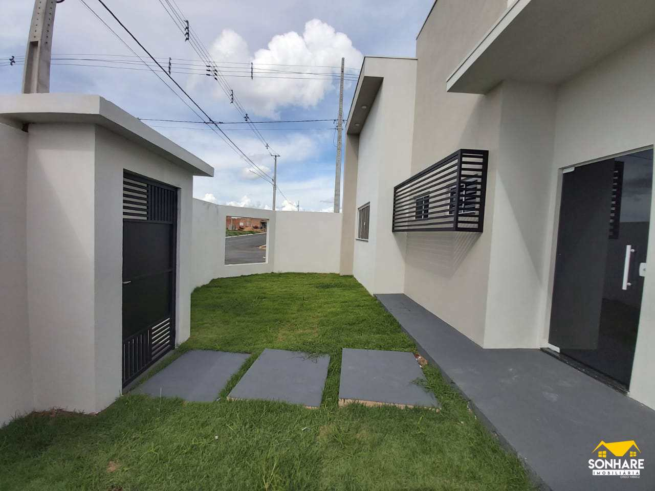 Casa com 1 dorm, BURITIS V, Primavera do Leste - R$ 250 mil, Cod: 391