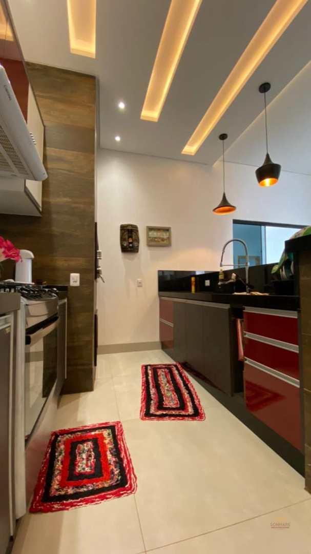 Casa com 2 dorms, Buritis I, Primavera do Leste - R$ 680 mil, Cod: 416