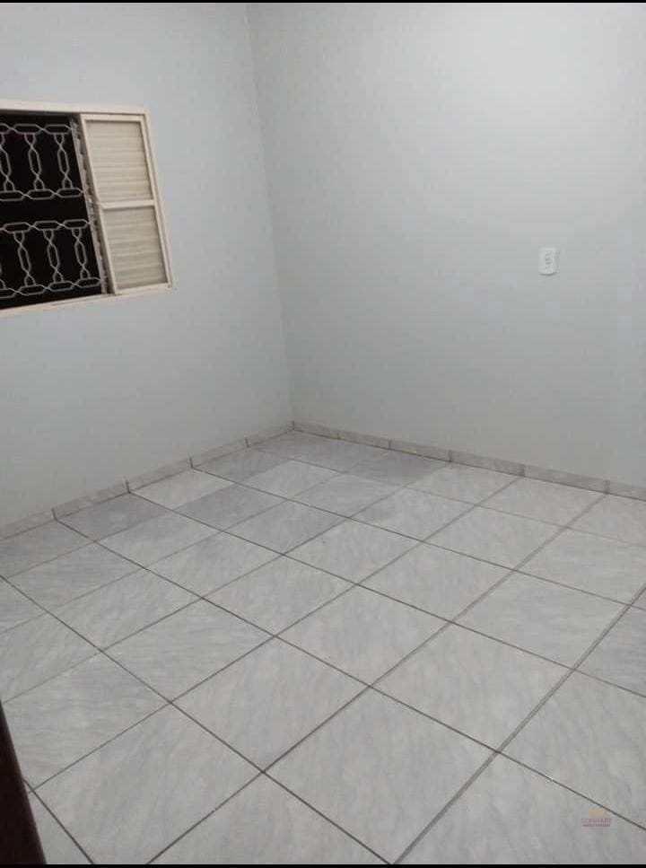 Casa com 2 dorms, ASSENTAMENTO BELA VISTA, Primavera do Leste - R$ 320 mil, Cod: 421