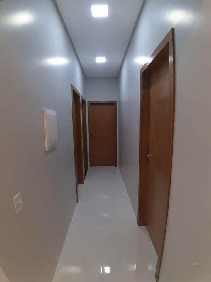 Casa com 2 dorms, Vertentes das Águas, Primavera do Leste - R$ 520 mil, Cod: 431