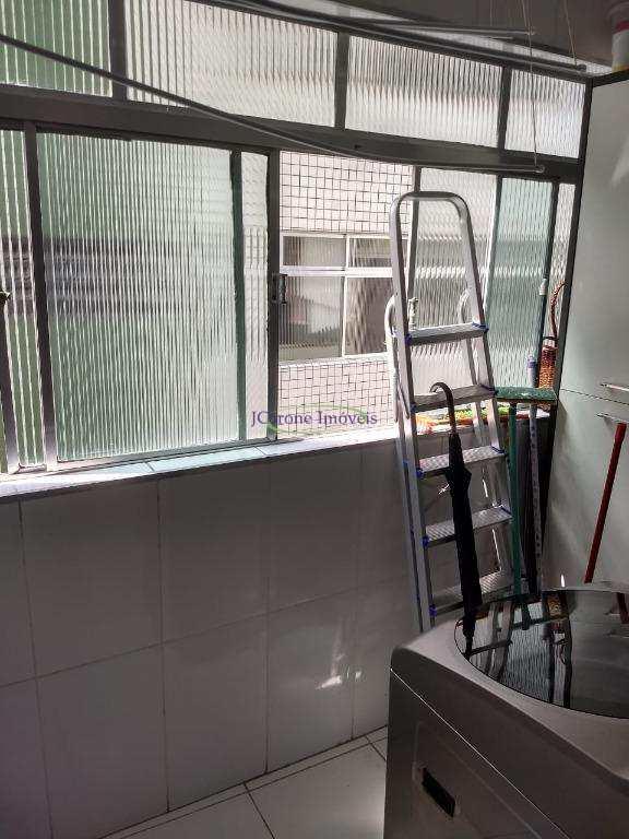 Apartamento com 2 dorms, Encruzilhada, Santos - R$ 289 mil, Cod: 64102557
