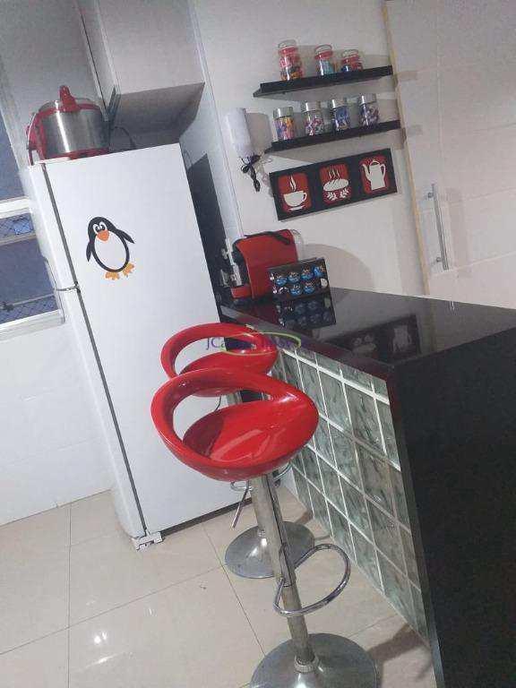 Apartamento com 2 dormitórios à venda, 77 m² por R$ 420.000 - Embaré - Santos/SP