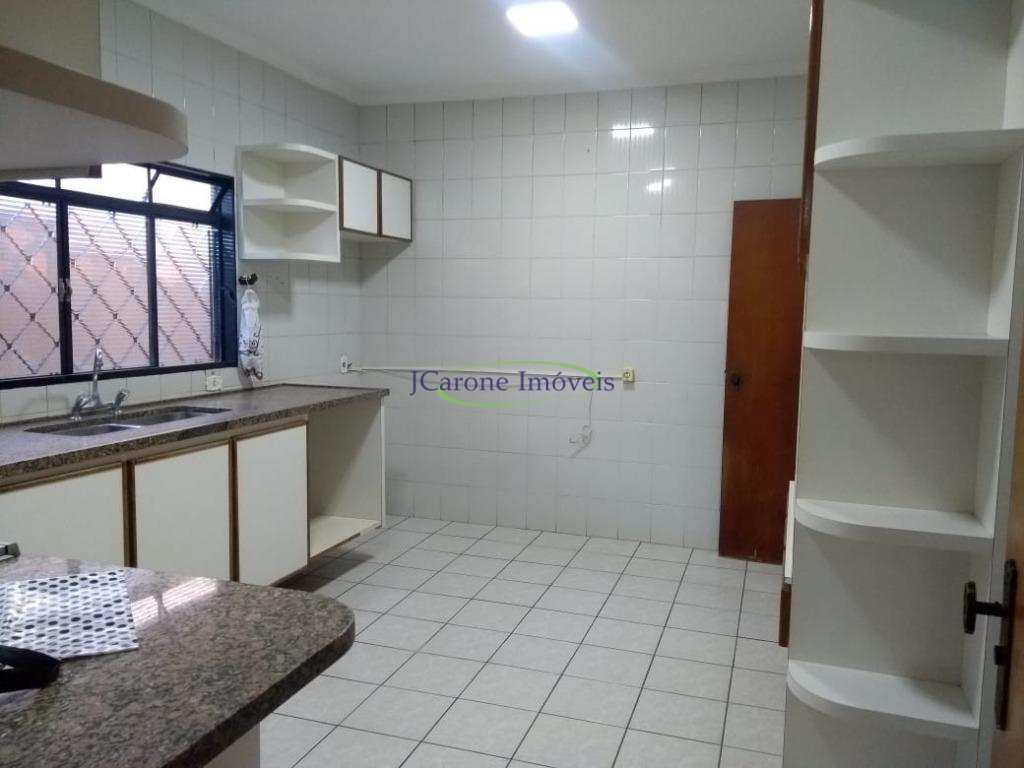Casa com 3 dorms, Higienópolis, Catanduva - R$ 600 mil, Cod: 63985656