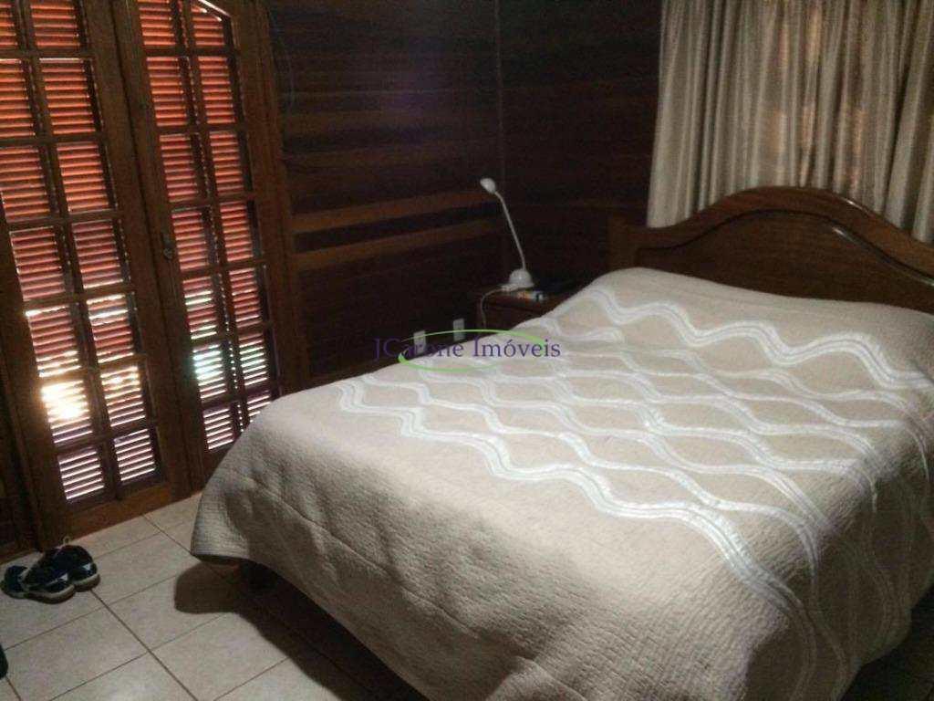 Venda / Permuta - Casa em Condomínio - Ville Chamonix - Itatiba/SP