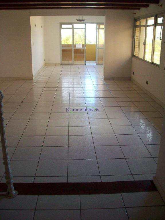 Apartamento Frente Mar  –  3 Dormitórios –  2 vagas – Santos