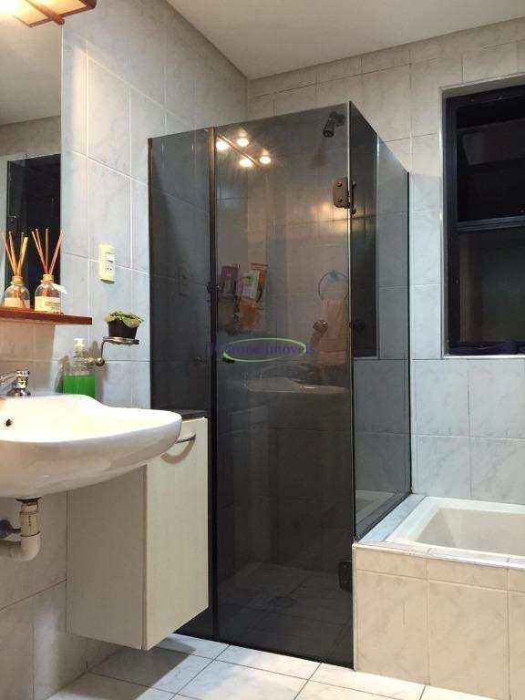 Apartamento com 1 dormitório à venda, 40 m² por R$ 140.000 - Centro - São Vicente/SP