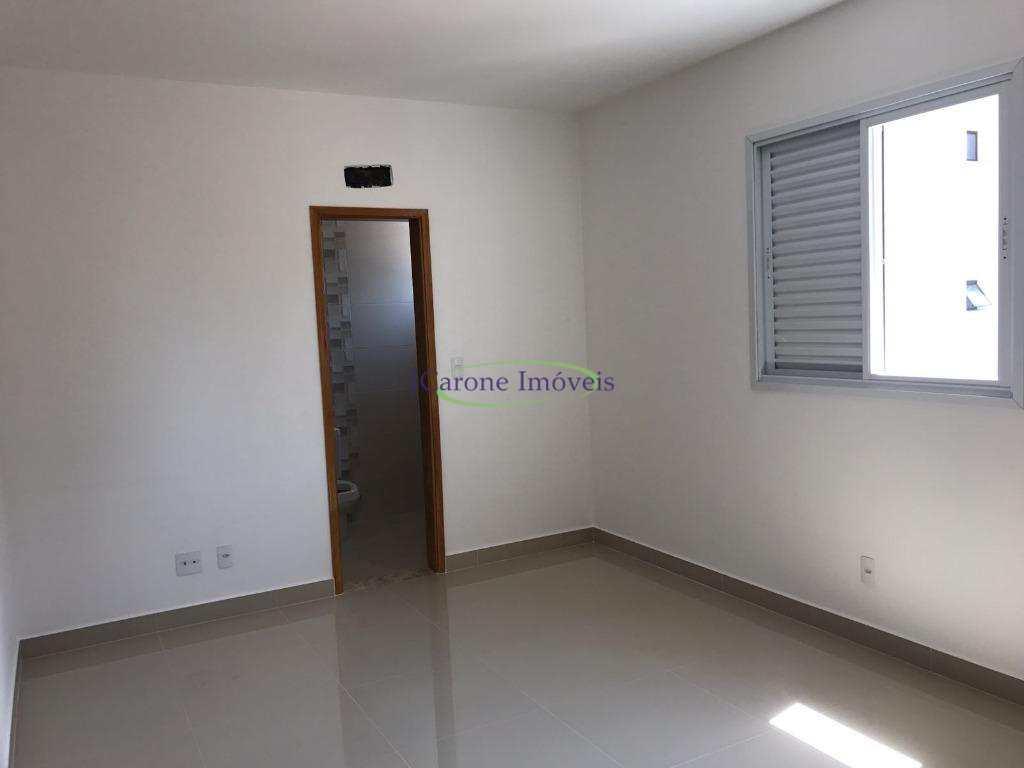Casa 3 dormitórios - 2 Vagas - Lazer - Aparecida - Santos/SP