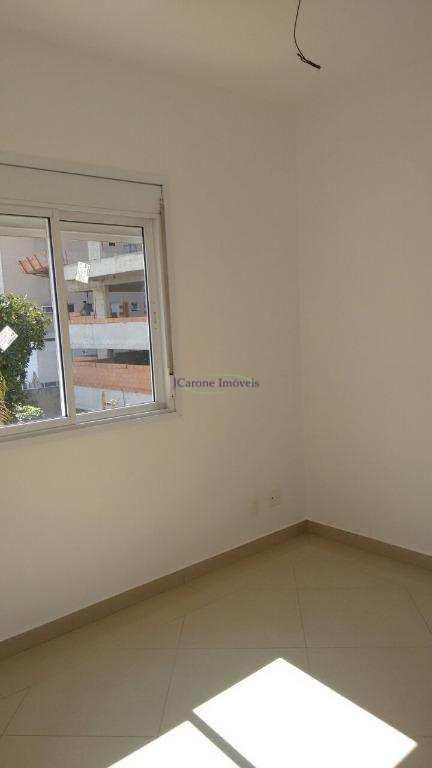 Casa com 3 dorms, Pompéia, Santos - R$ 950 mil, Cod: 61764616