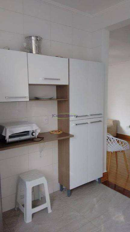 Apartamento  Reformado - próximo à Praia - Gonzaga - Santos/SP