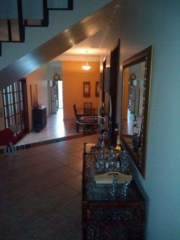 Casa com 3 dorms, Centro, Paraisópolis - R$ 650 mil, Cod: 61026102