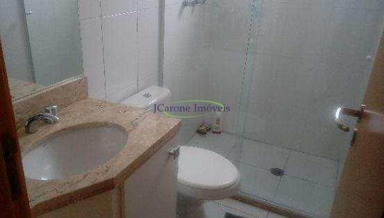 Apartamento com 2 dormitórios à venda, 81 m² por R$ 740.000,00 - Gonzaga - Santos/SP