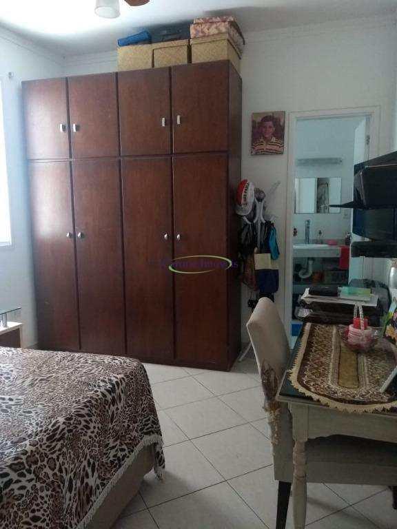 Casa com 3 dorms, Vila Belmiro, Santos - R$ 750 mil, Cod: 60995640