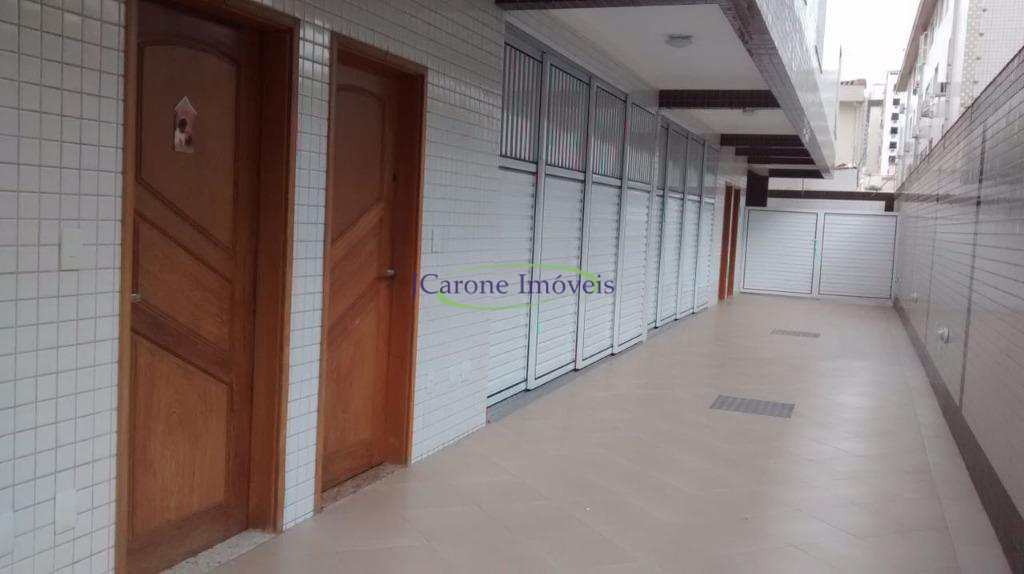 Casa com 3 dormitórios à venda, 136 m² por R$ 739.000 - Campo Grande - Santos/SP