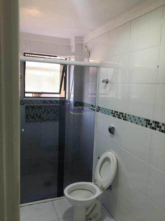 Apartamento com 2 dormitórios à venda, 90 m² por R$ 395.000 - Vila Matias - Santos/SP