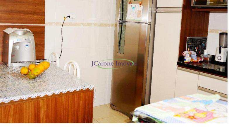 Apartamento com 2 dormitórios à venda, 90 m² por R$ 300.000