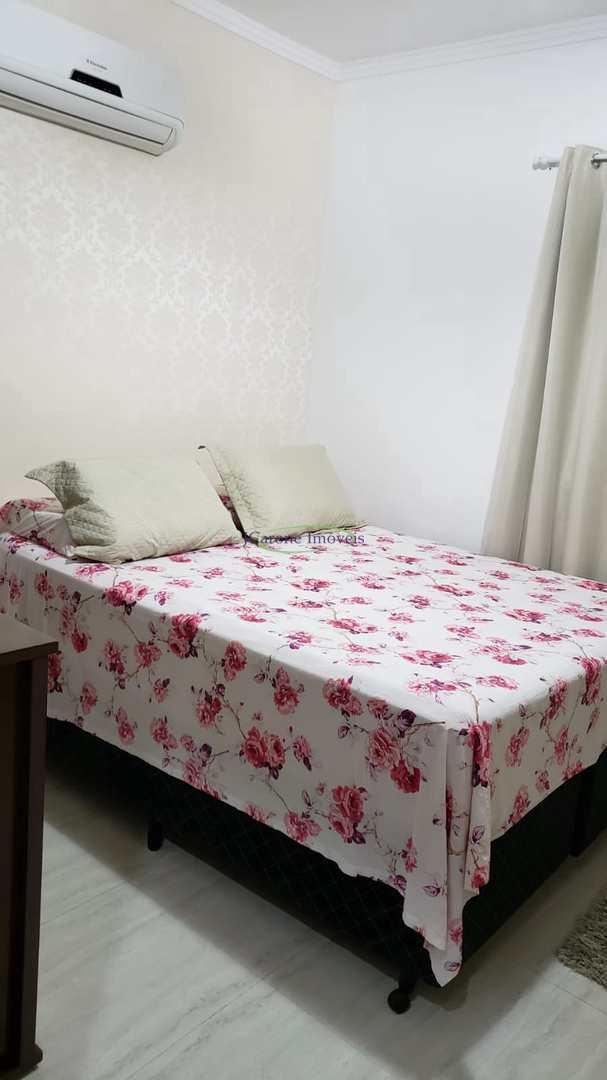 Casa com 2 dorms, Marapé, Santos - R$ 530 mil, Cod: 64152185