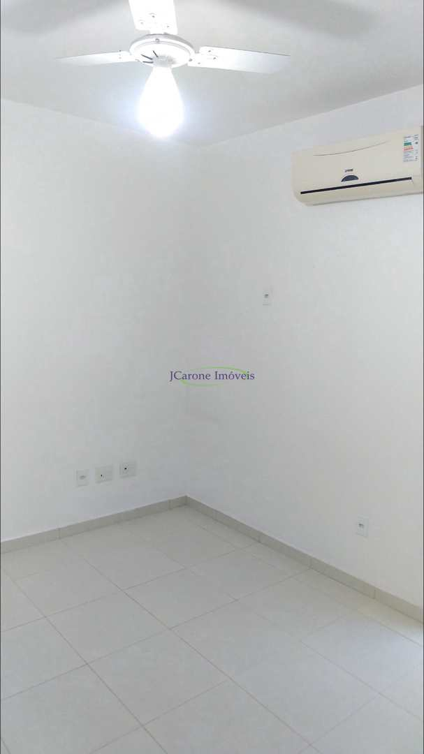 Casa com 3 dorms, Macuco, Santos - R$ 575 mil, Cod: 64152267