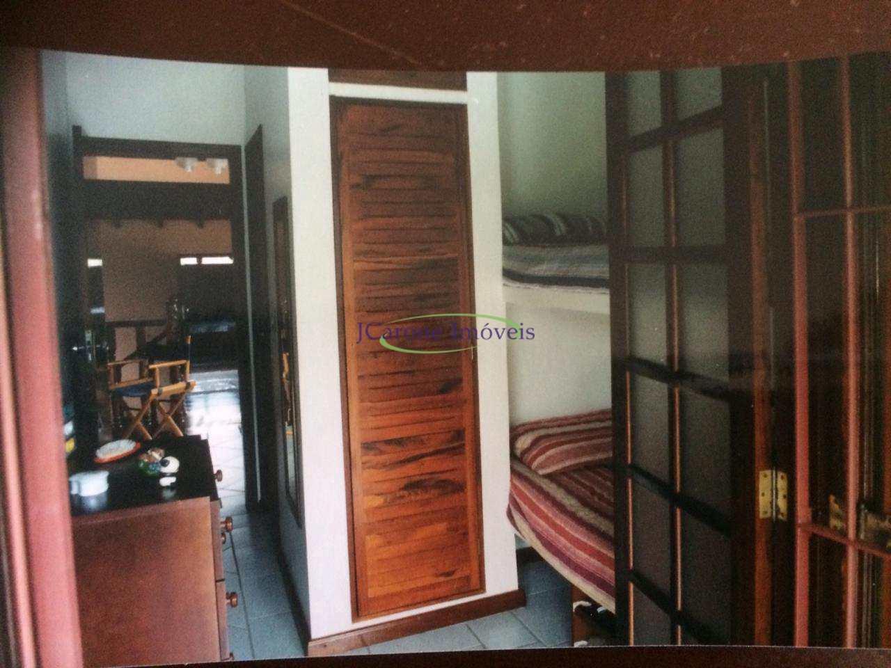 Casa com 4 dorms, Indaiá, Bertioga - R$ 1.2 mi, Cod: 64152400