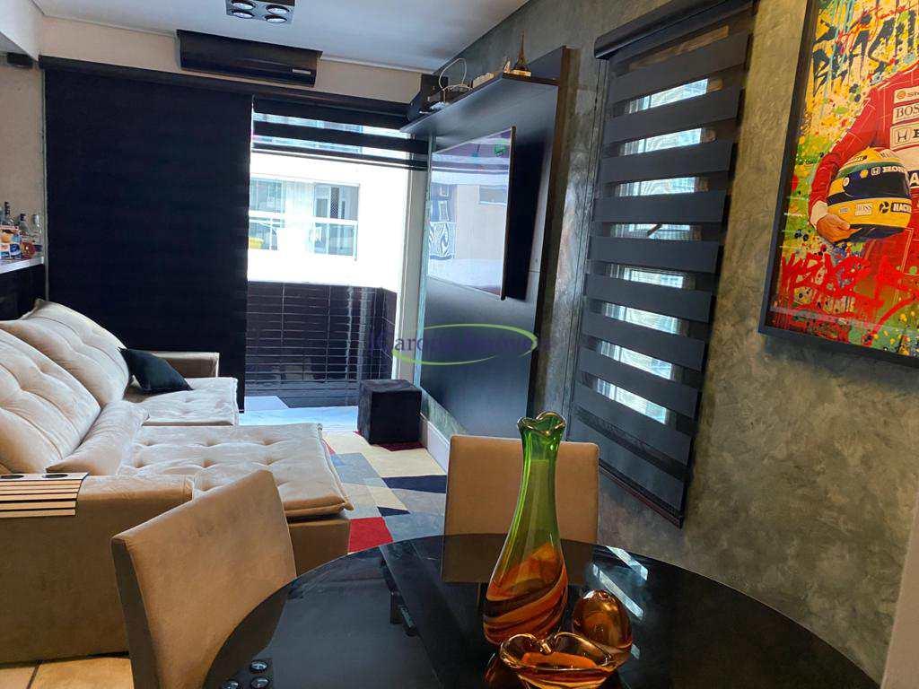 Apartamento com 2 dorms, Gonzaga, Santos - R$ 620 mil, Cod: 64152409