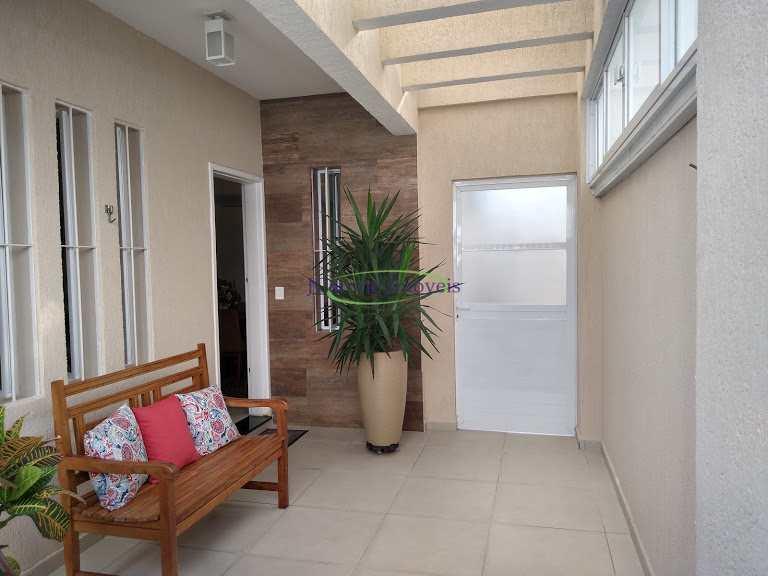 Casa com 3 dorms, Marapé, Santos - R$ 800 mil, Cod: 64152428