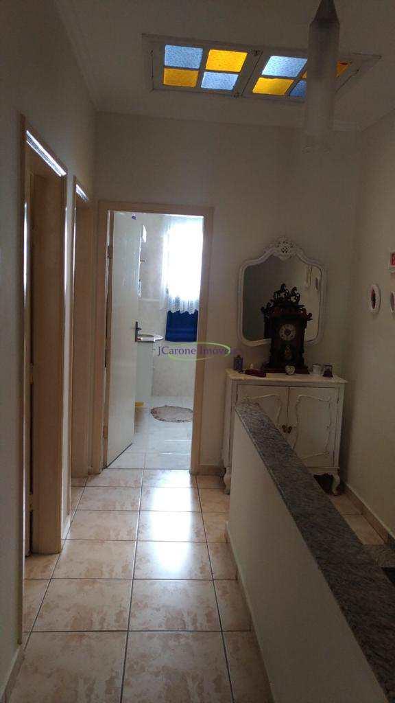 Casa com 3 dorms, Embaré, Santos - R$ 1.08 mi, Cod: 64152473