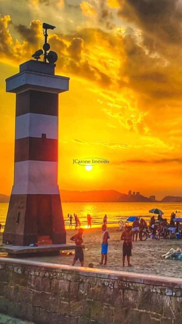 Praia do Boqueirão em Santos - 100 metros da Praia.