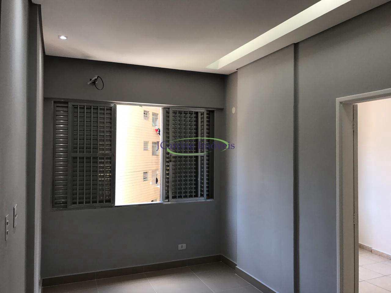 Apartamento com 3 dorms, Itararé, São Vicente - R$ 250 mil, Cod: 64152718
