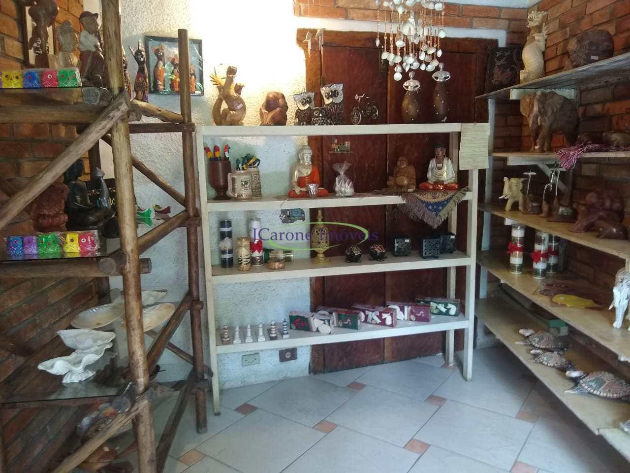 Casa com 3 dorms, Boiçucanga, São Sebastião - R$ 3 mi, Cod: 64152768